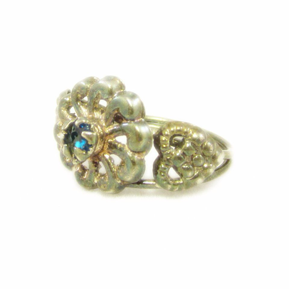 New to VintageVegasGems on Etsy: Delicate Retro Silver Tone Flower Design Ring with Bright Blue Rhinestone and Heart Accents - Size 6 (8.00 USD)
