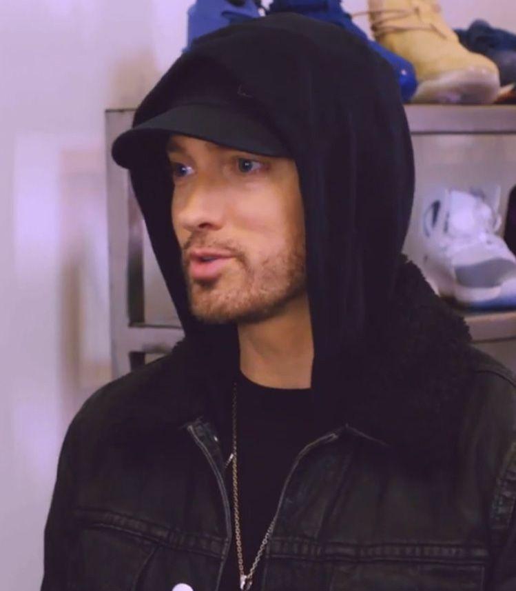 Pin By Dawn Kiewitt On Eminem Eminem Rap Eminem Photos Eminem Slim Shady