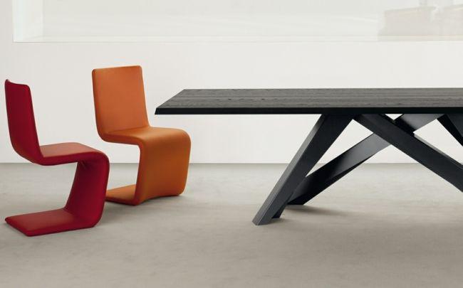 Schwarzer Esstisch aus Holz von bonaldo.it | interior design I ...
