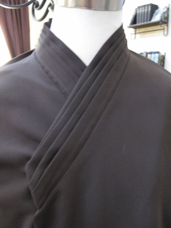 Tunic Undershirts vertical tuck on collar wrist ties several colors /& size