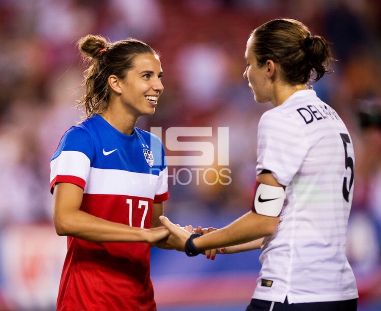 Tobin Heath & Sabrina Delannoy USA vs France