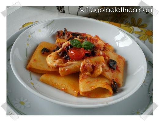 Paccheri con melanzane e mozzarella ricette primi for Ricette italiane primi piatti