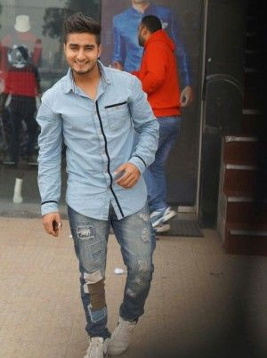 Khan Saab With Images Celebrities Male Saab Khan