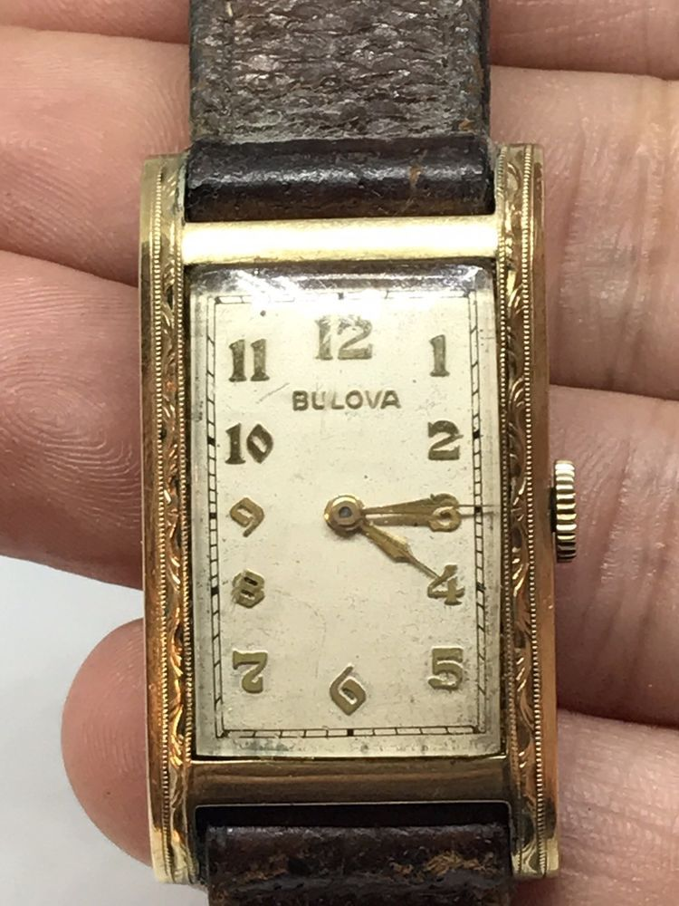 Vtg Mens Running Bulova Watch 10k Gold Filled Serial 6111816 Works Leather Band