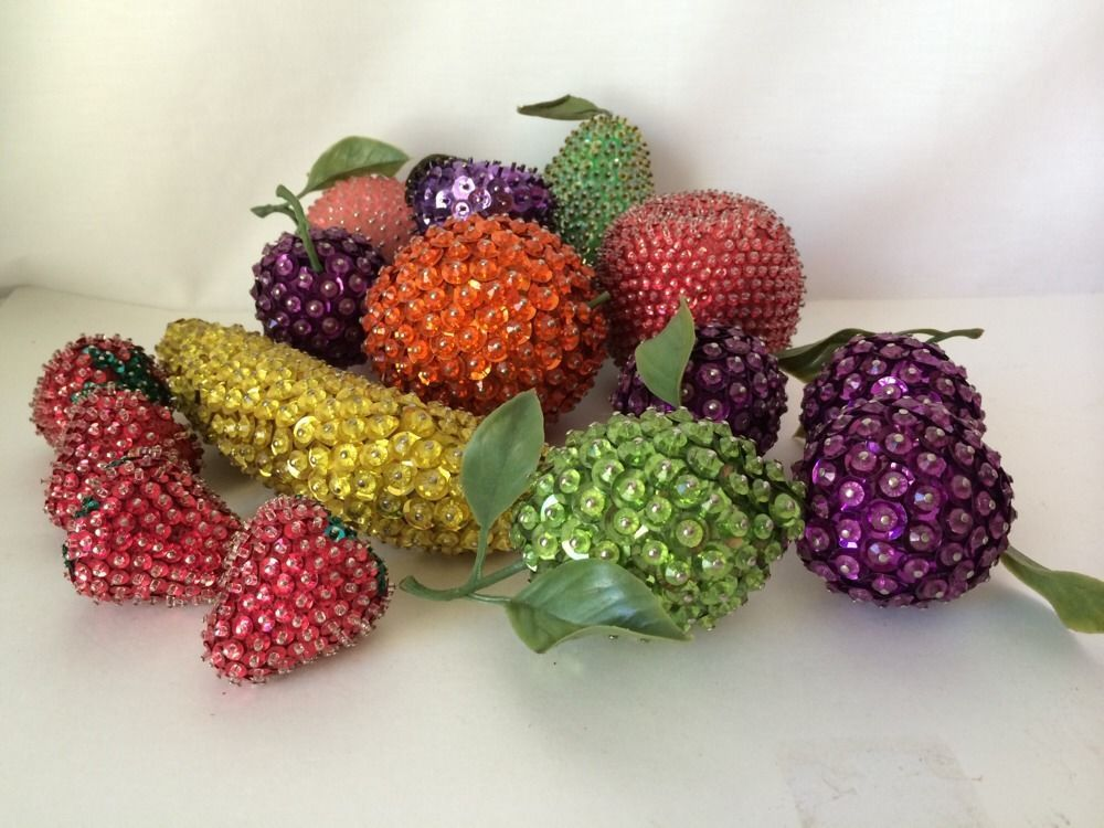 Vintage Lot Of 15 Sequined Pieces Of Fake Fruit Tablescape Beaded For  Cornucopia