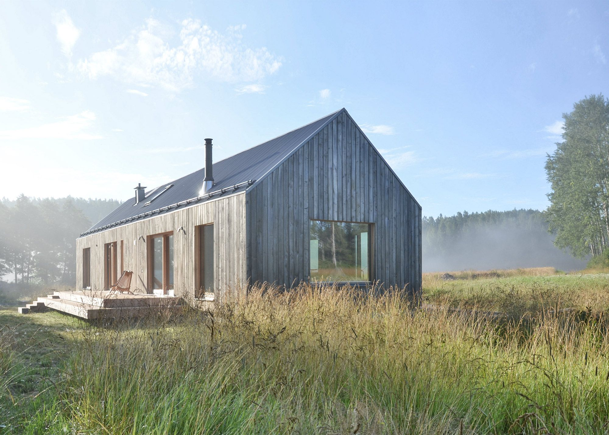This charming lake house in Tenala, Finland, celebrates both local rural architecture and the beauty...