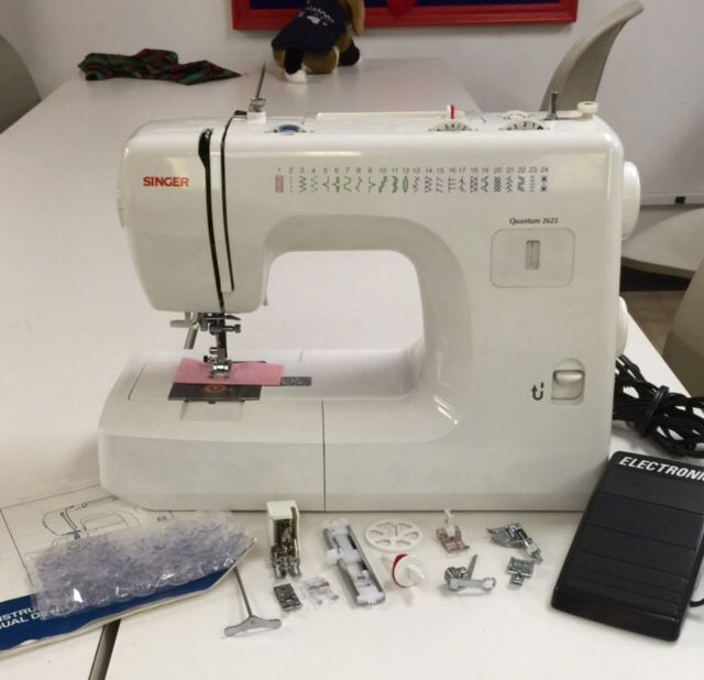 Refurbished Singer Quantum Sewing Machine Complete With Accessories Adorable Sewing Machine Service Center