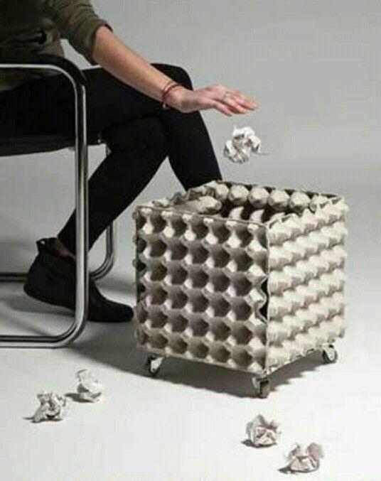 Bote de basura con cart n de huevo canecas manualidades bote de basura reciclado y - Imagenes de muebles de carton ...