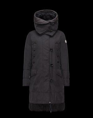 0438ded68bc4 Moncler nicole