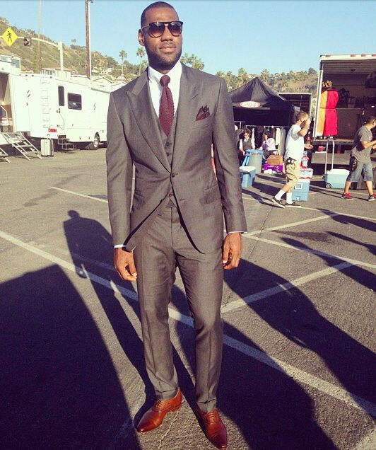 fd69c19cdb15 Lebron killin em with the suit game | The well dressed man | Lebron ...