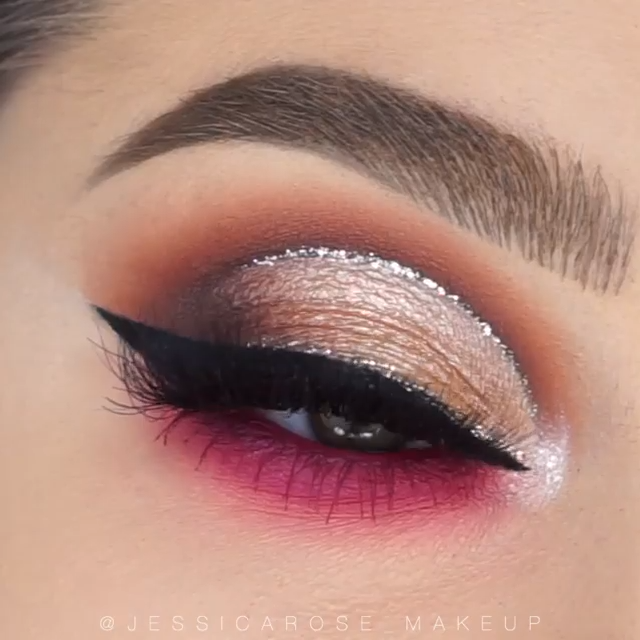 Photo of GLITTER CUT CREASE MAKEUP