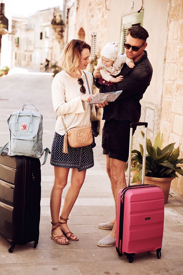 Look: Travel Look with American Tourister