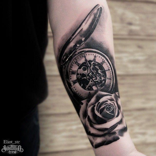 Elliot - Ρεαλιστικά τατουάζ σε μαύρο και γκρί - Sake Tattoo Crew