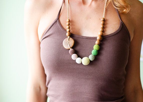 Green And Brown Grant Nursing Necklace Teething For Mom To Wear Oak Wood