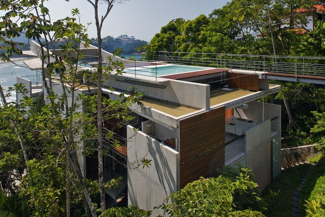 A Floating Beach Home In Brazil By SPBR Arquitetos – iGNANT.de
