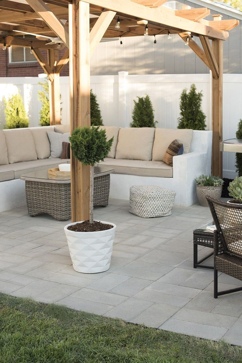 52 Simple Patio Design Ideas To Really Enjoy Your Outdoor Relaxing Moment Matchness Com Backyard Seating Patio Design Diy Patio Pavers
