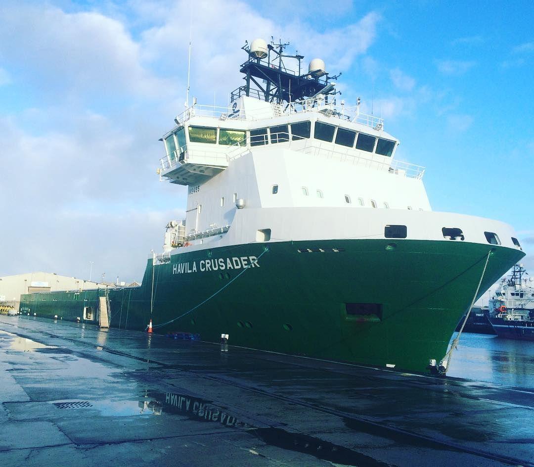 Havila Crusader båten e e på no. #havila #supply #offshore #offshorelife #waiting #northsea #quayside #aberdeen by prince_edvard