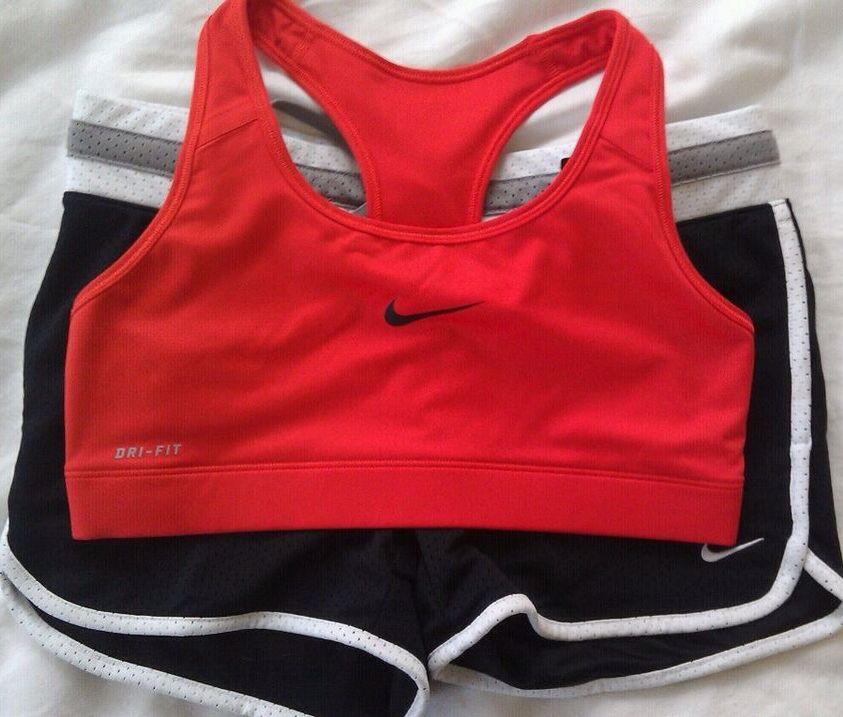Charlie's workout/seduction clothes. exercise vom