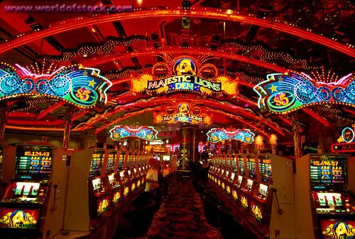 Lights slot machines color primm whiskey pete s hotel casino
