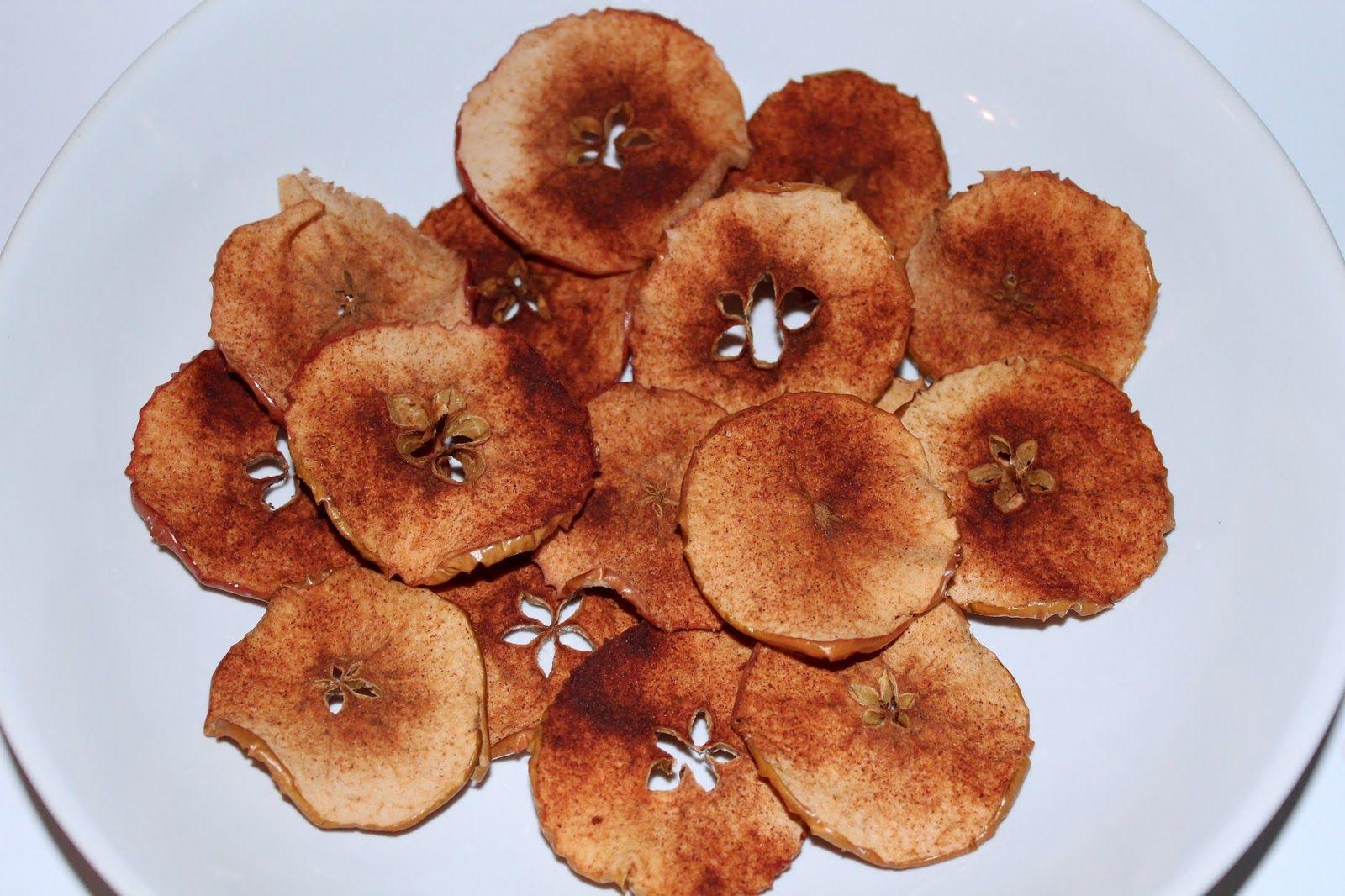 DIY Apfel-Zimt-Chips einfach selber machen - leckeres Rezept #geschenkideenweihnachteneltern
