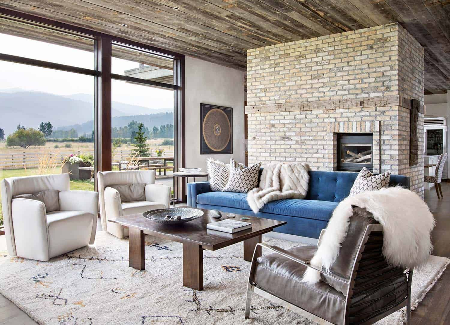 Photo of Fashionable Bozeman hideaway with breathtaking farmhouse accents
