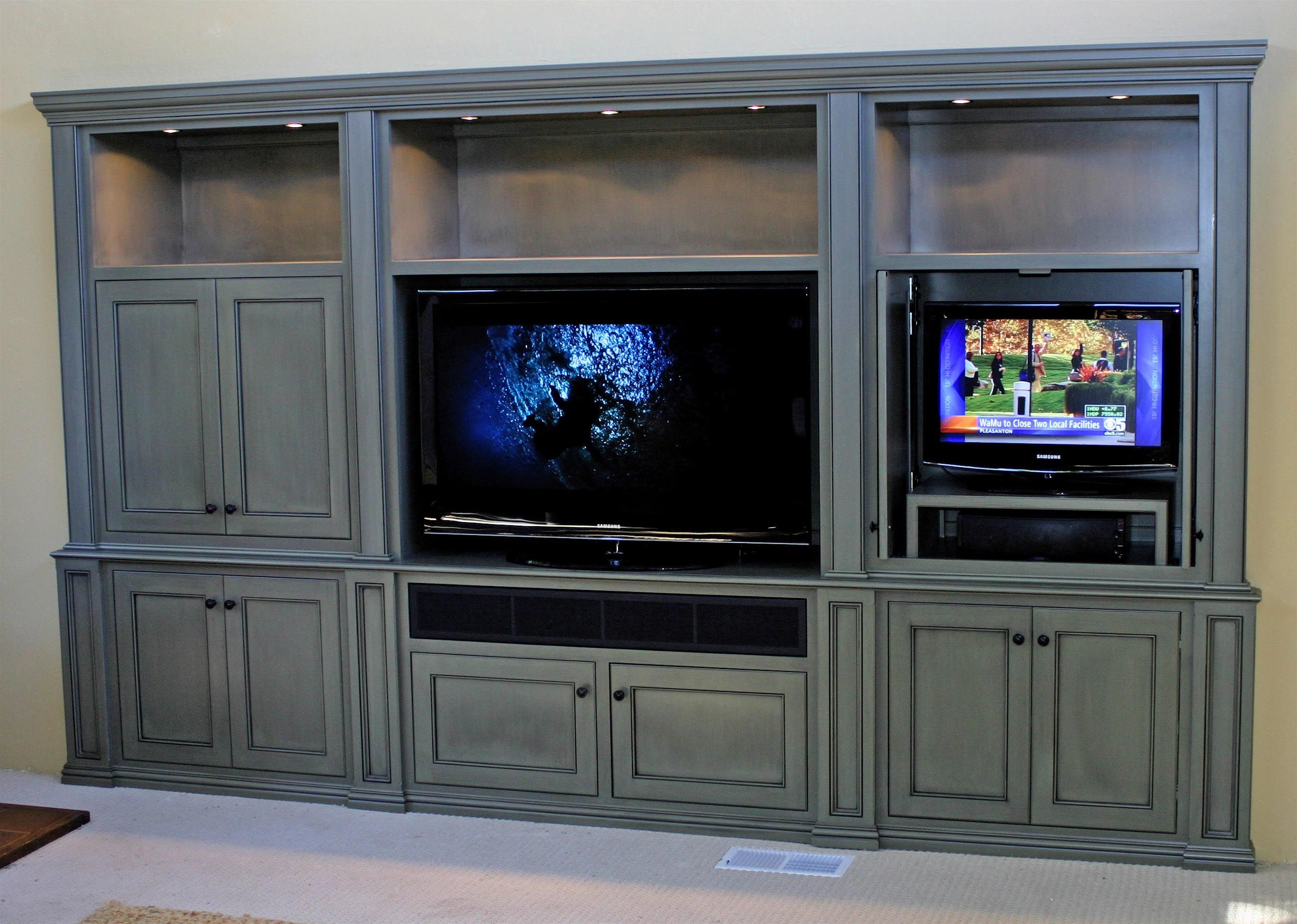 This Is One Of The Integrated Lifestyleu0027s First Collaboration With A  Designer And Custom Cabinet Builder. It Started Out With A Bay Window, Tube  TV, ...