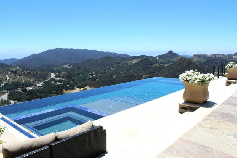 Infinity Pool Los Angeles Add Luxury Swimming To Luxury Private