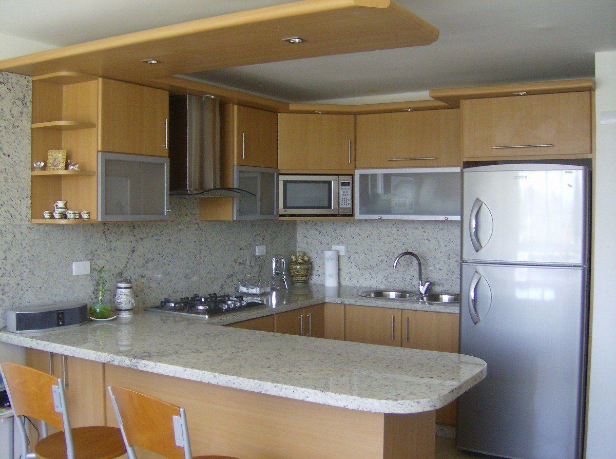 Cocinas empotradas topes en granito closet y muebles mlv f for Colores para cocinas fotos