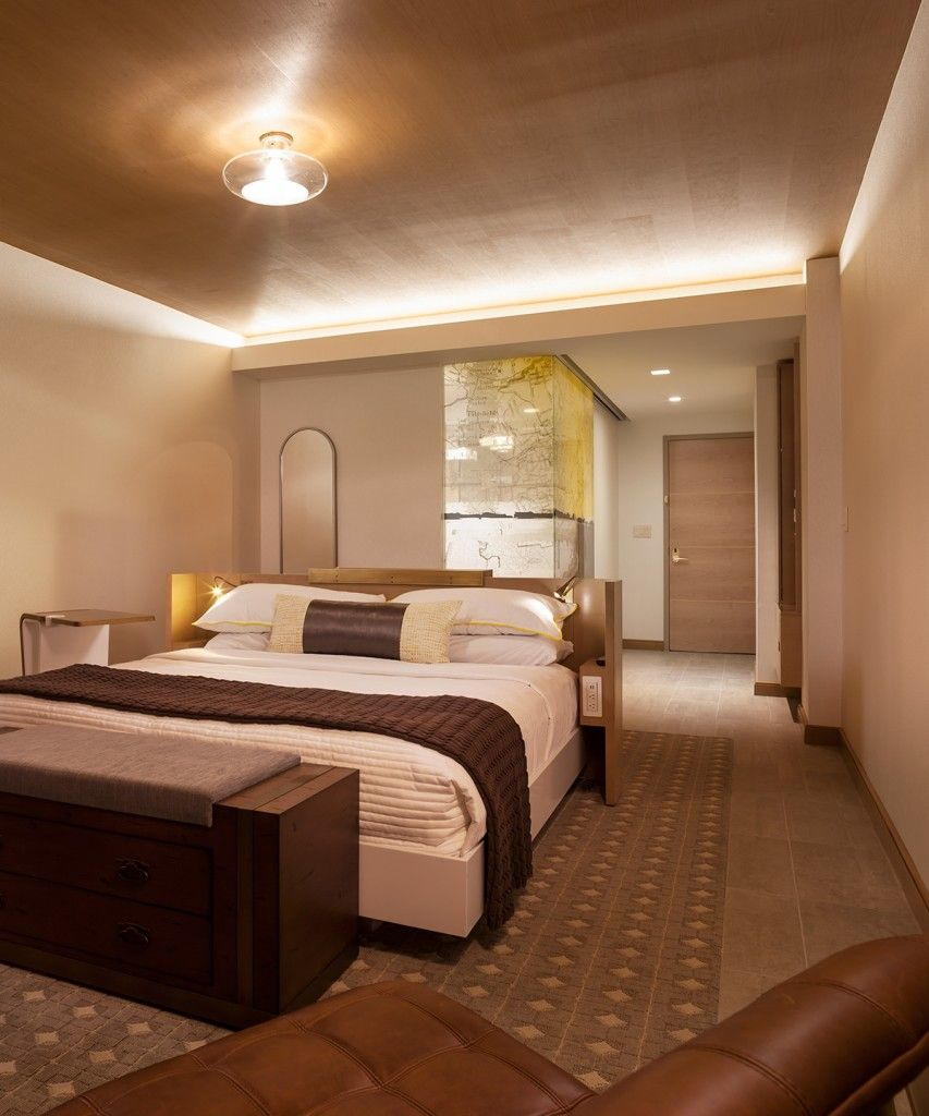 The Envoy Hotel Autograph Collection By Marriott