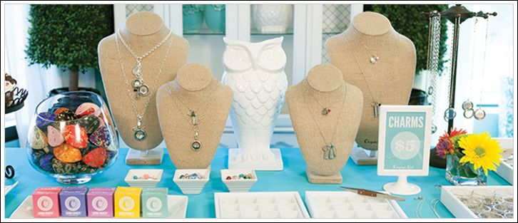 Bella Weems Talks Explosive Growth at Origami Owl — Direct Selling News | Yahoo! Finance recently sat down with Origami Owl Founder Bella Weems and CEO Robin Crossman. Weems, an Arizona teen who is now a senior in high school, says she plans to grow the social selling jewelry business for many years to come. #OrigamiOwl #DirectSelling #MLM