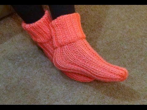 Botas de casa tejidas en dos agujas o palitos en punto - Como hacer calcetines de lana ...