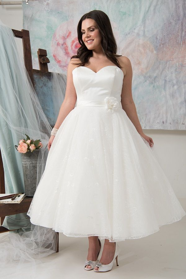 Amarillo | Callista Plus Size Wedding Dresses: 50s Look / 50s Style ...