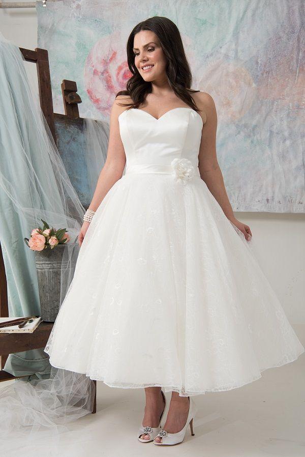 Amarillo Callista Plus Size Wedding Dresses 50s Look 50s Style I Plus Size Brautmode Xl Xxl Brautklei Hochzeit Kleidung Brautkleid Kurz Hochzeitskleid