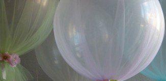 Decoraciones con globos y tul para tu fiesta temática