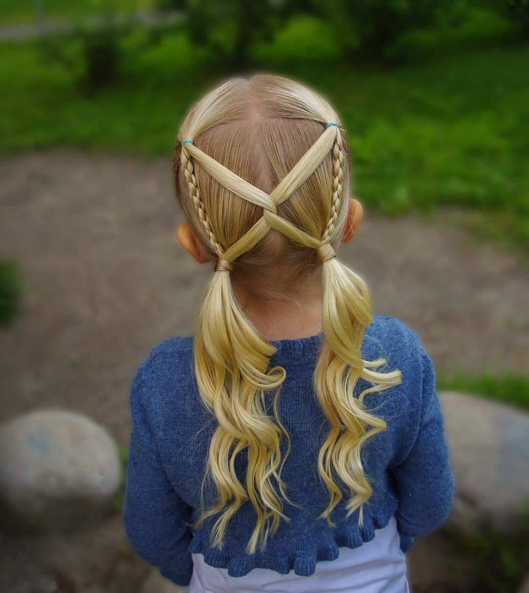 1,006 Me gusta, 48 comentarios - Hilde (@studiohilde) en Instagram: Another version of this pigtail style I did earlier this summer! My girl really loves this kind of… #girlhairstyles