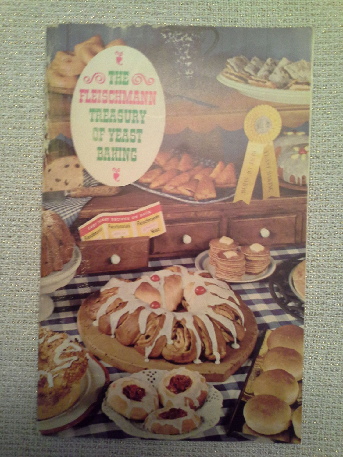 "Vintage ""The Fleischmann Treasury Of Yeast Baking"" Booklet by RetrotomicAntiques on Etsy"