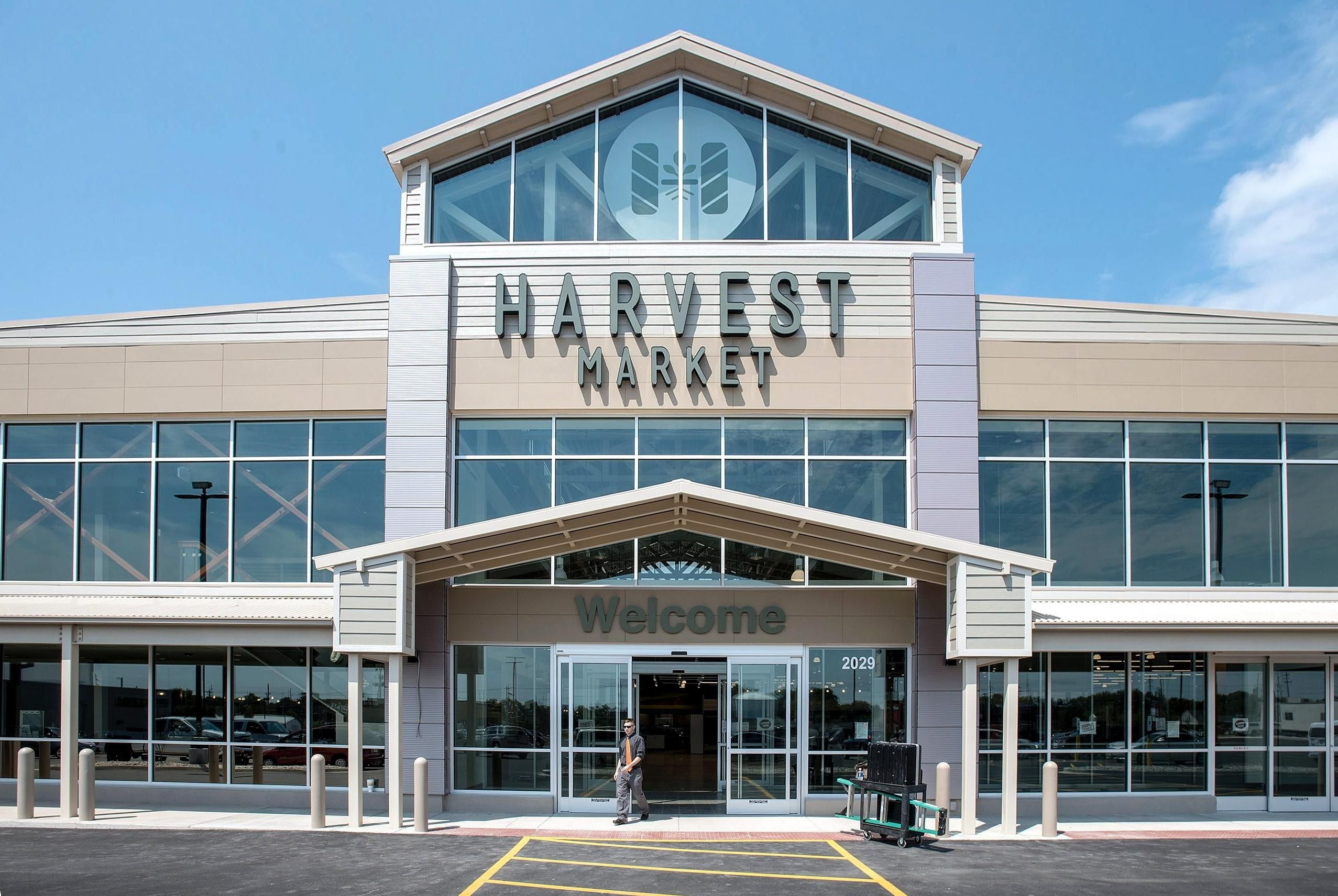 The State JournalRegister Harvest market, Farmhouse