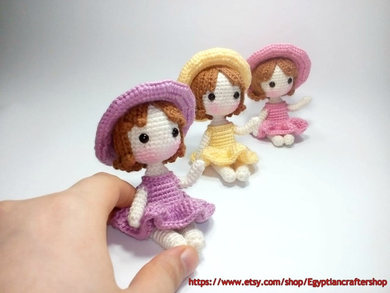 Amigurumi Little Doll-Free Pattern | Crochet doll pattern, Crochet ... | 596x794