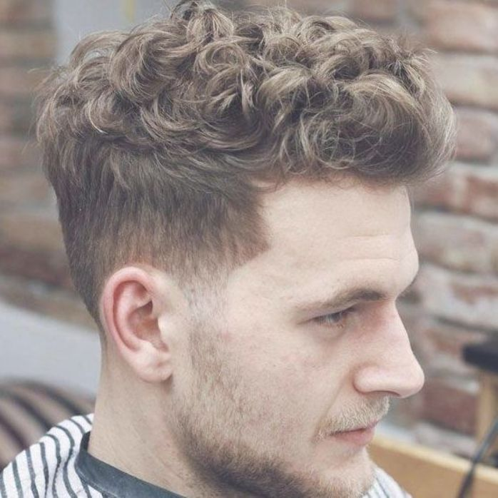 Straight To Curly Hair Men How To Get Curly Hair For Men Make Straight Hair Curly For Guys Ways To Curl M Curly Hair Men Curly Hair Styles Quiff Hairstyles