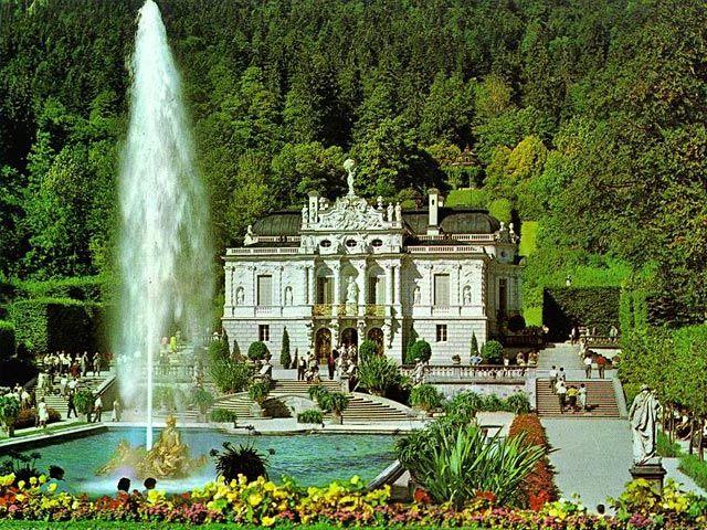 Schloss Linderhof King Ludwig Ii Of Germany My Family And I Loved This Castle Schloss Linderhof Deutschland Burgen Und Ausflug