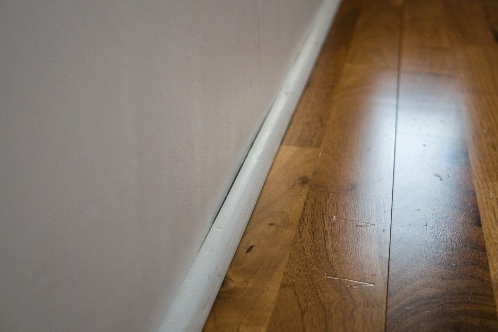 Cheap Fix For Small Cracks In Your Baseboard And Trim Home Decor