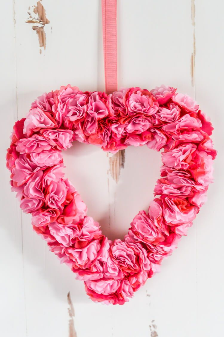 This beautiful tissue paper Valentineus Day wreath is deceptively