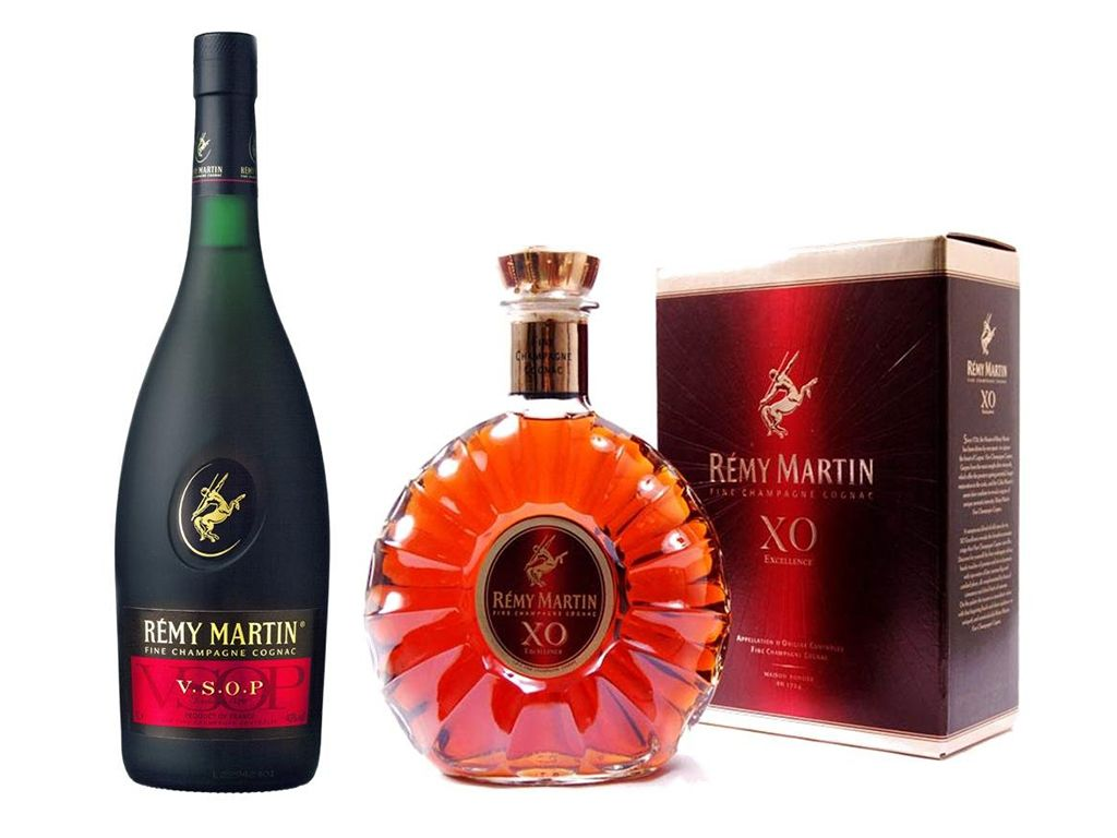 Vive Al Maximo Con Remy Martin Robb Report Mexico Remy Martin Cigars And Whiskey Wine And Spirits Store