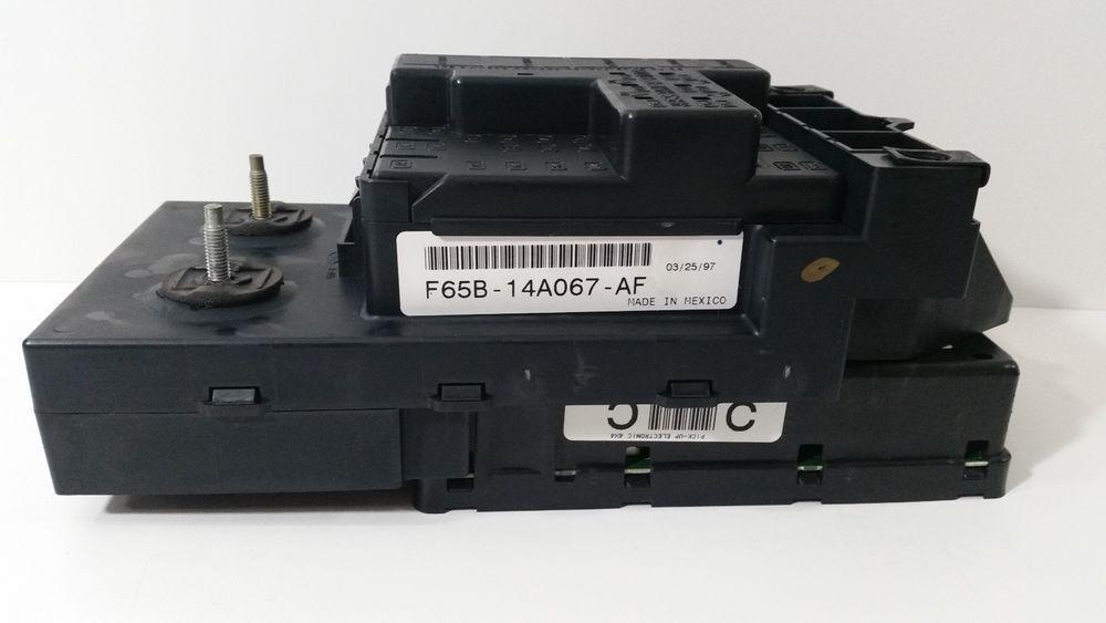 97 98 Ford F150 4x4 Fuse Relay Box F65b 14a067 Af W Gem