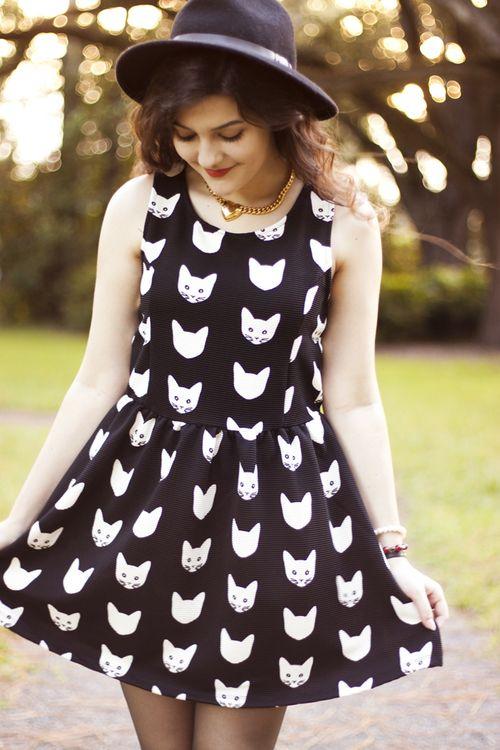 Cat dress. I want it.