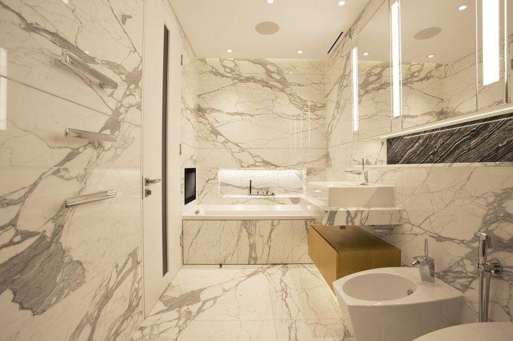 Award Winning Interior Designer Bathroom Designer Of The Year 2015 In 2020 Modern Bathroom Design Elegant Bathroom Bathroom Design Small