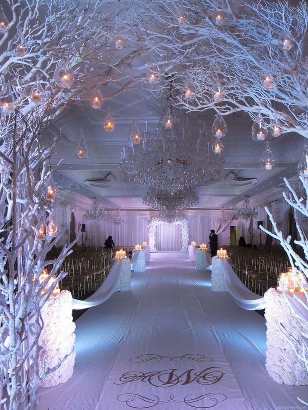 Awesome 48 Lovely Winter Wedding Decoration More At Https Hom Winter Wonderland Wedding Decorations Winter Wedding Receptions Wonderland Wedding Decorations