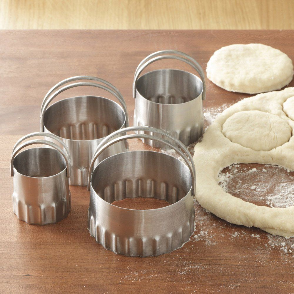 RSVP Biscuit Cutters Round - Fluted Edge (set of 4) $8.95 TOTAL COST TO YOUR DOOR! (PICK UP ALSO AVAILABLE AT OUR NYC OR LA LOCATIONS) www.shopculinart.com