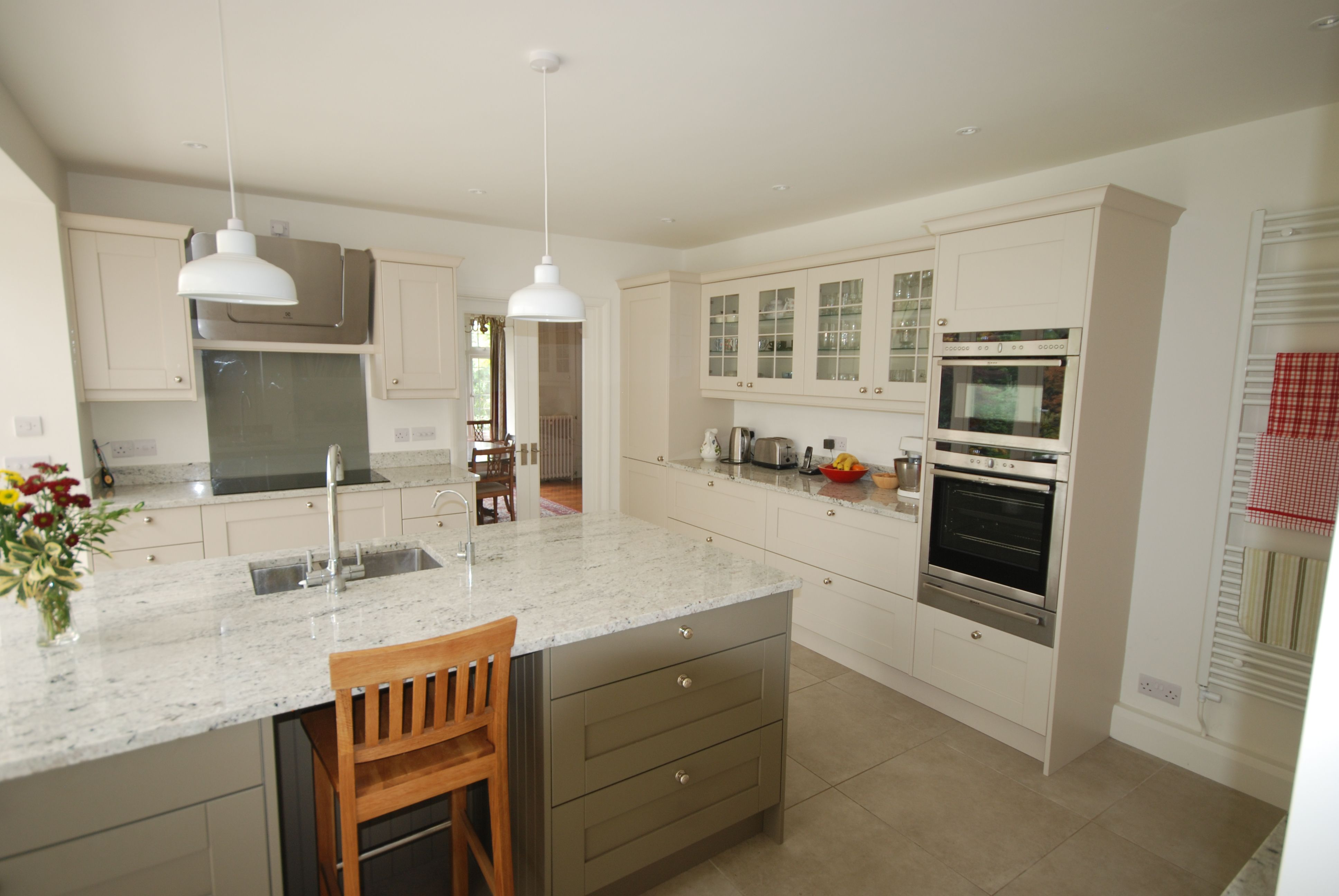Colonial White Granite Kitchen Eribol Kitchen Painted In Mussell Olive With Colonial White