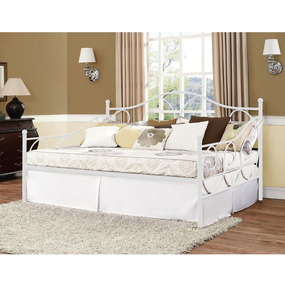Full Size Daybed Metal Frame Adult Room Furniture White Bed Seat